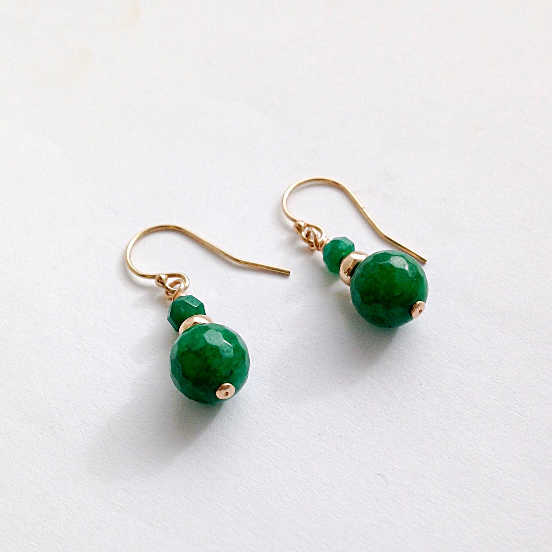 default elle in categories gold eye emerald green jewelry kendra drop earrings scott cats lg